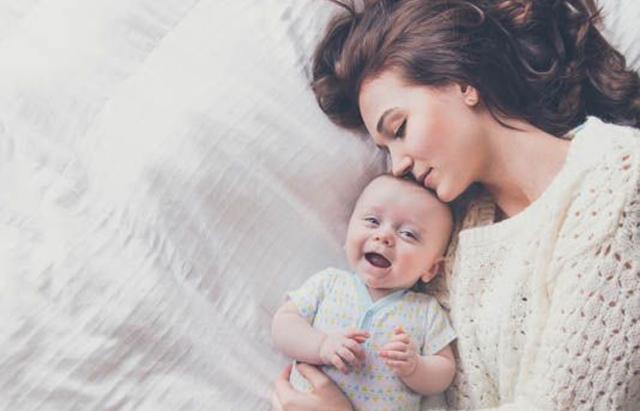 Dấu hiệu và triệu chứng của trẻ sơ sinh không tăng cân